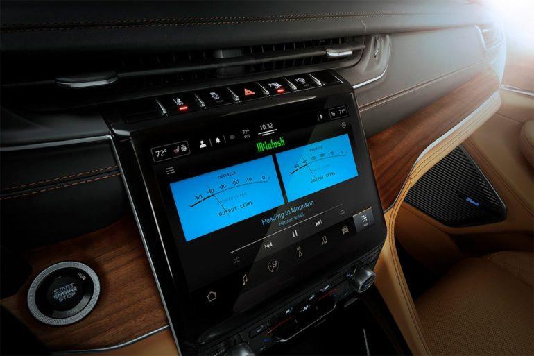 Jeep Grand Cherokee McIntosh Sound System